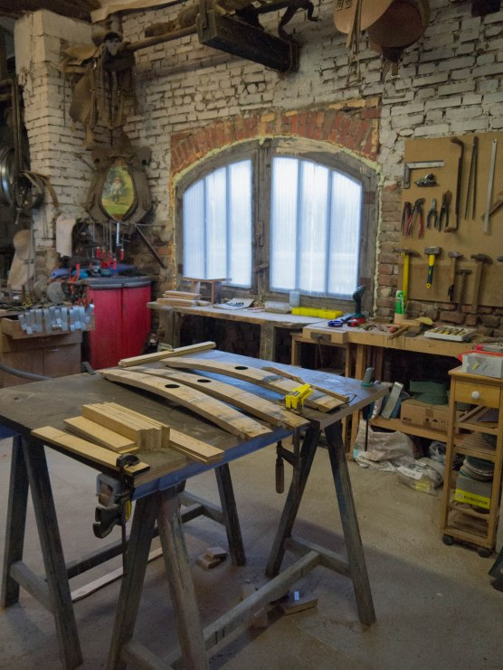 Atelier, confection meubles et objets en bois, artisanat, Bourgogneatelier